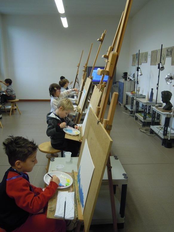 anno 2013 Corsi di pittura agli alunni della scuola materna di Cuggiono, tenuti nel nostro laboratorio di Via Roma, nel corso del mese di Aprile/Maggio 2013.