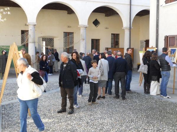 """anno 2011 Mostra """"SCALA DI GIACOBBE"""" - Castelletto di Cuggiono - 9 Ottobre 2011"""