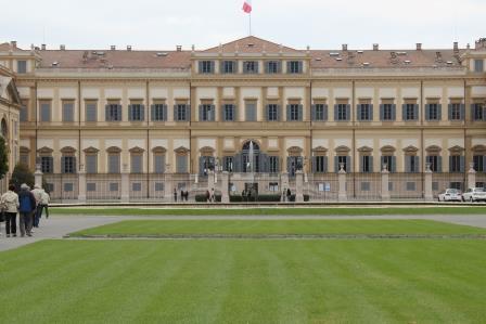anno 2016 Domenica 9 Ottobre visita alla città di Monza ed al suo parco.