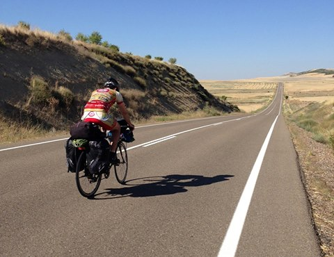 anno 2016 FOTOGRAFAR VIAGGIANDO - Il Giro del Mondo in bicicletta di Marco Invernizzi presso la Sala Consigliare di Villa Annoni di Cuggiono. 7 Ottobre 2016.